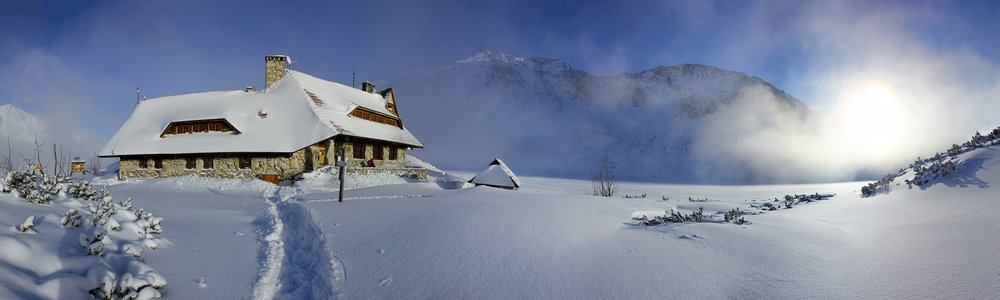 Mountain hut in Valley of the Five Polish Lakes - 1671 m